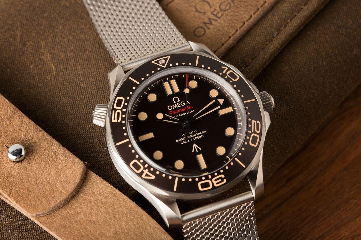 James Bond Omega Seamaster Diver 300M Titanium No Time to Die 007Edition