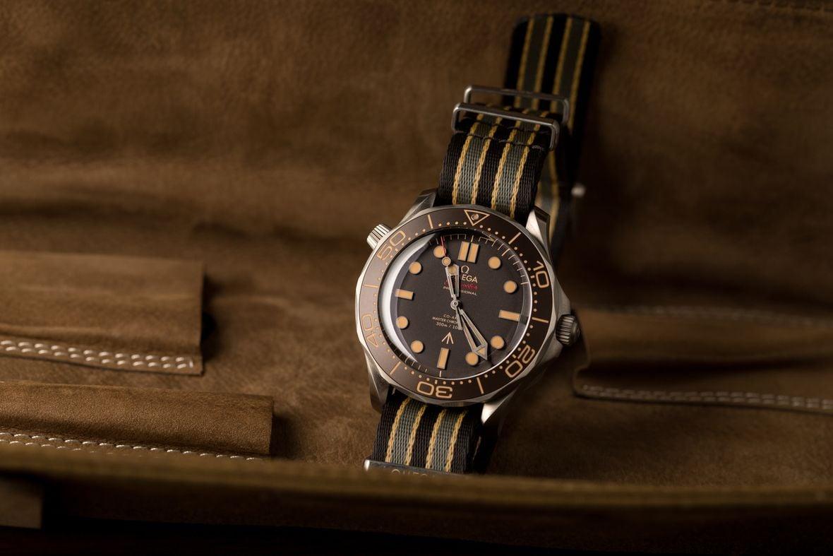 James Bond Omega Seamaster Diver 300M No Time to Die 007Edition NATO Strap