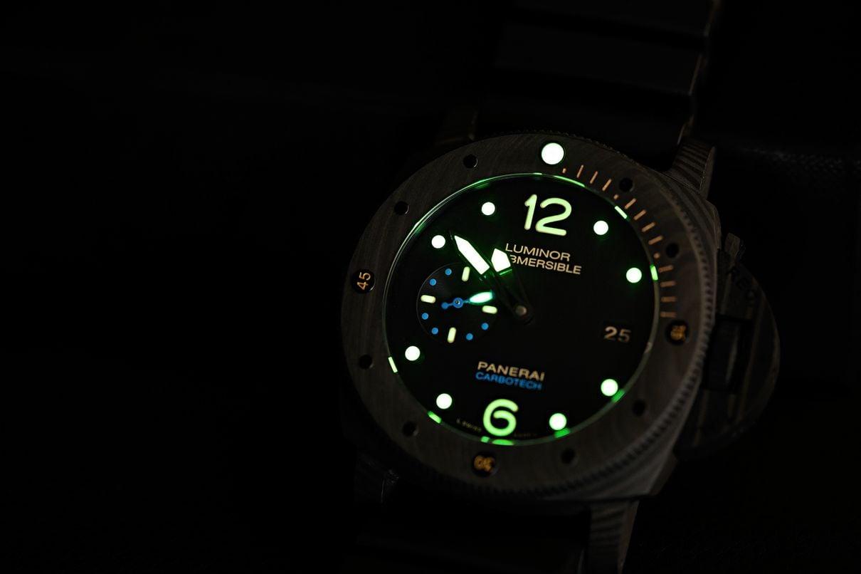 Panerai Luminor versus Panerai Submersible Carbotech dive watch