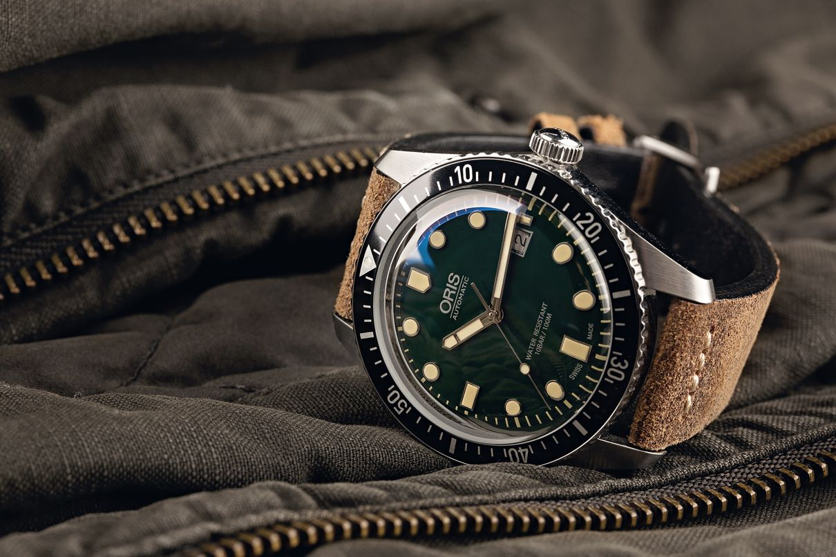 Oris Divers Sixty-Five Shopping Guide Green Dial