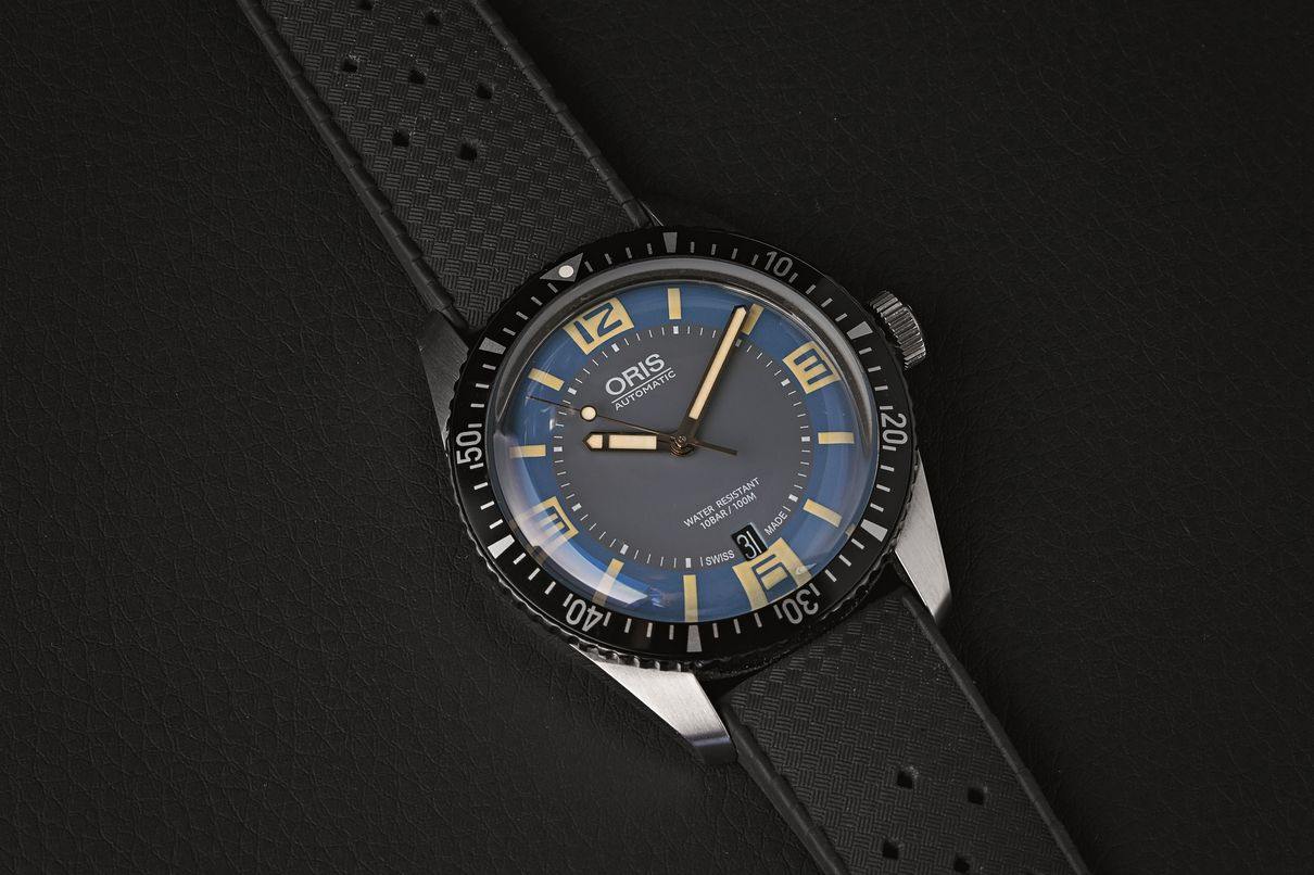 Oris Divers Sixty-Five Comparison 40mm Vintage Dial