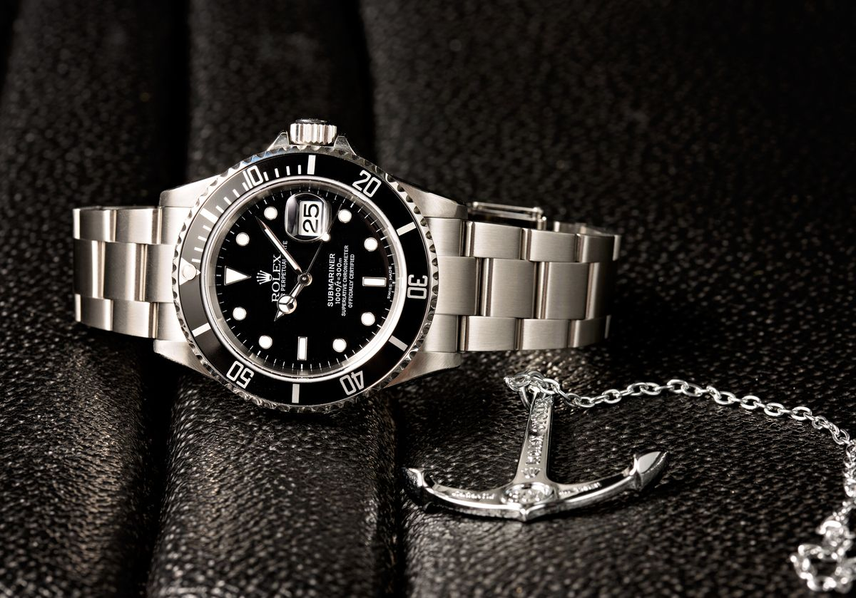Rolex Submariner Date Review Reference 16610