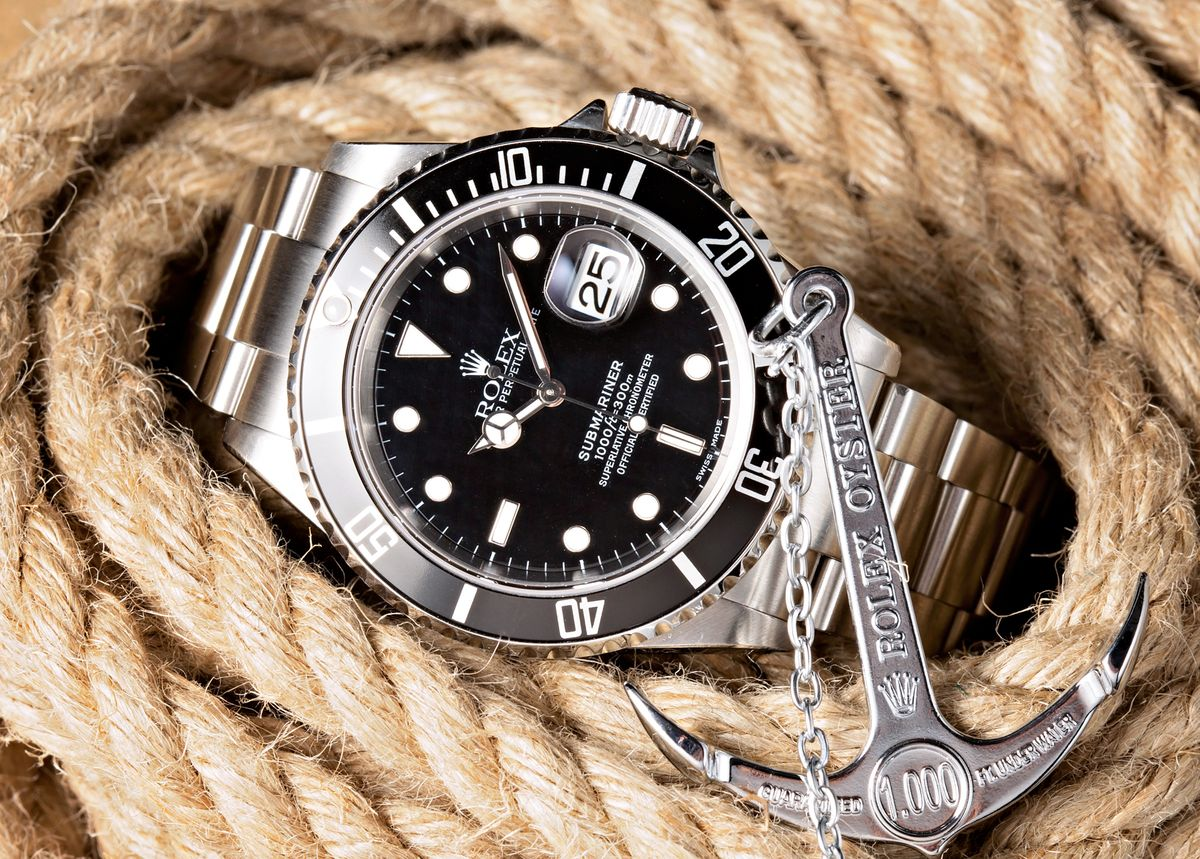 Rolex Submariner Review Dive Watch 16610 Black Dial