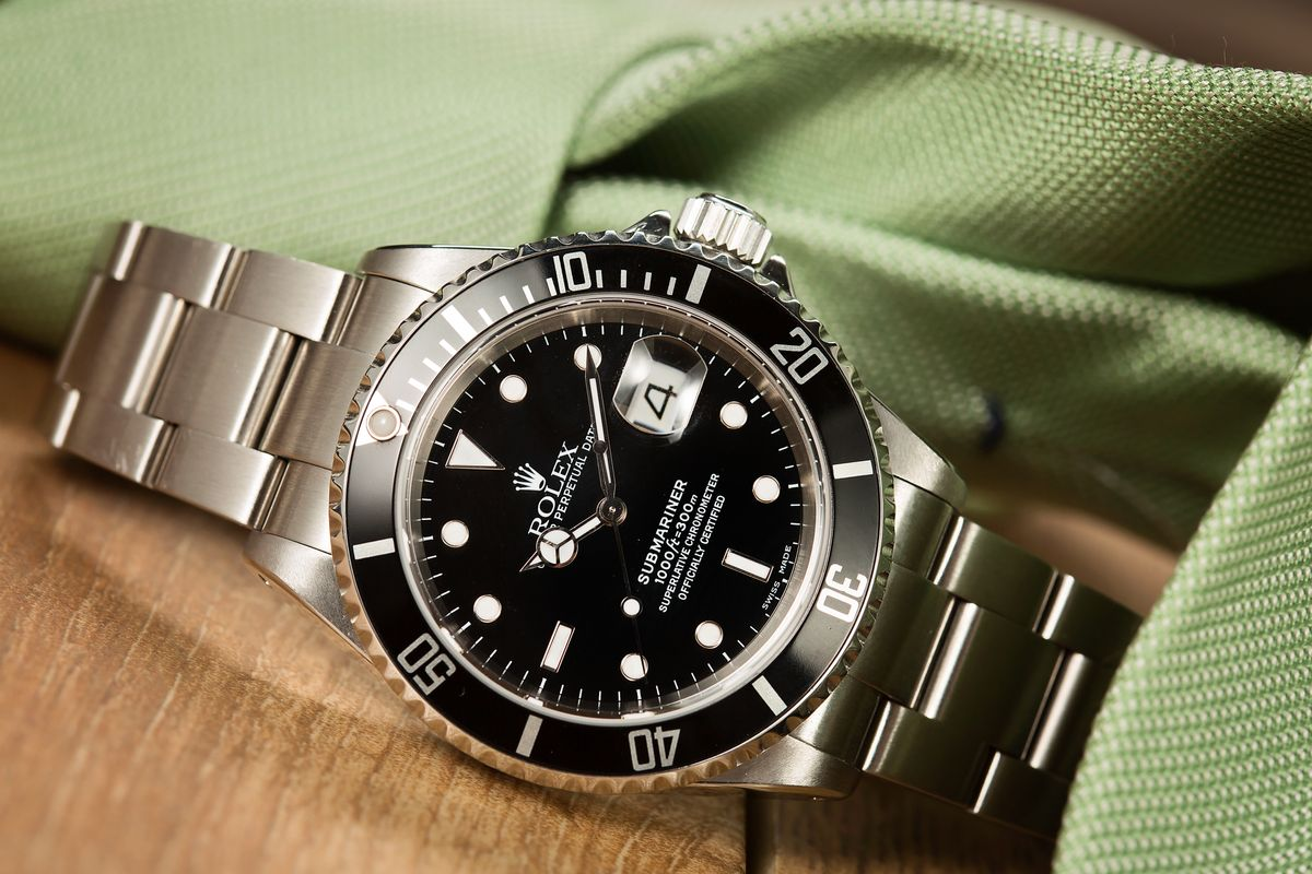 Rolex Submariner Date 16610 Review