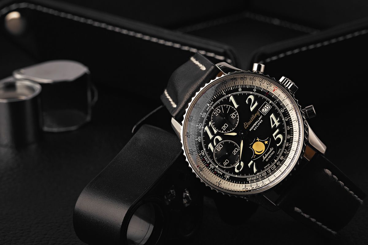Breitling Navitimer Chronograph Buying Guide