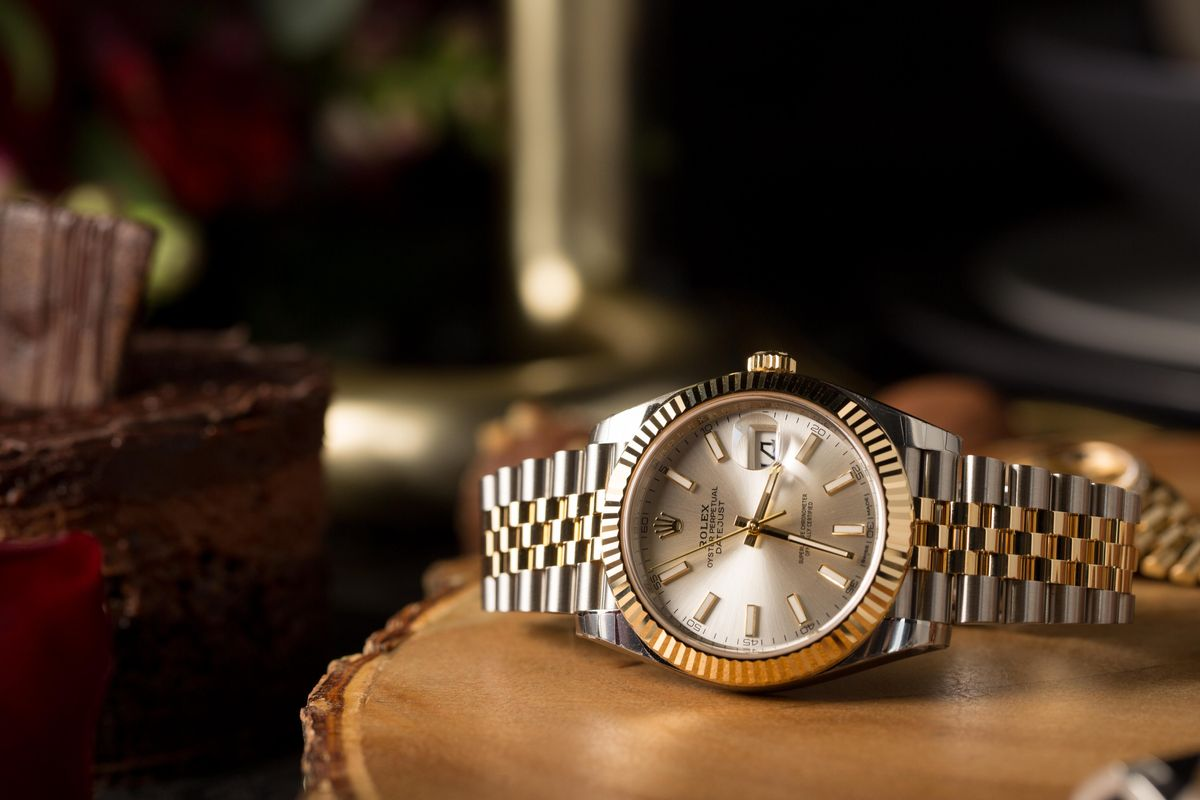 Rolex Valentine's Day 2020 Buying Guide Datejust Two-Tone 126233