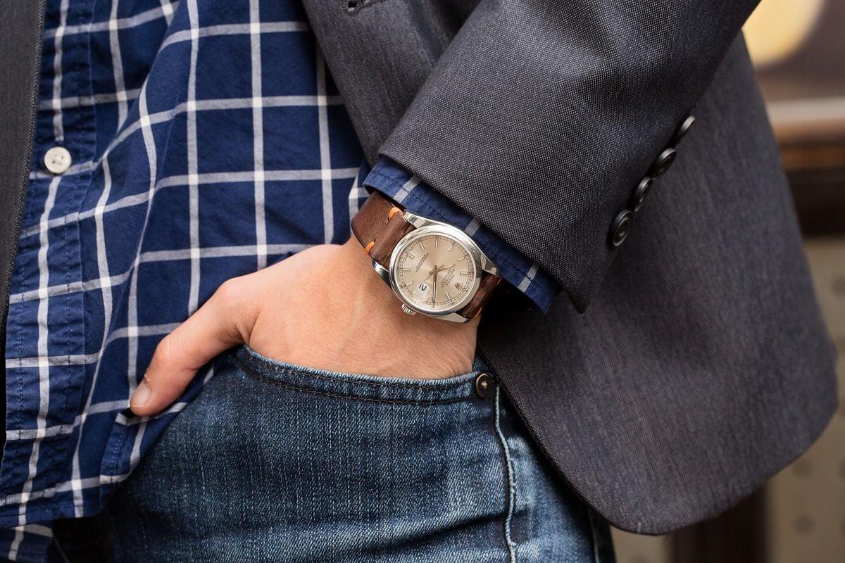 Wearing Men's Luxury Watch Style Guide Rolex Datejust Stainless Steel