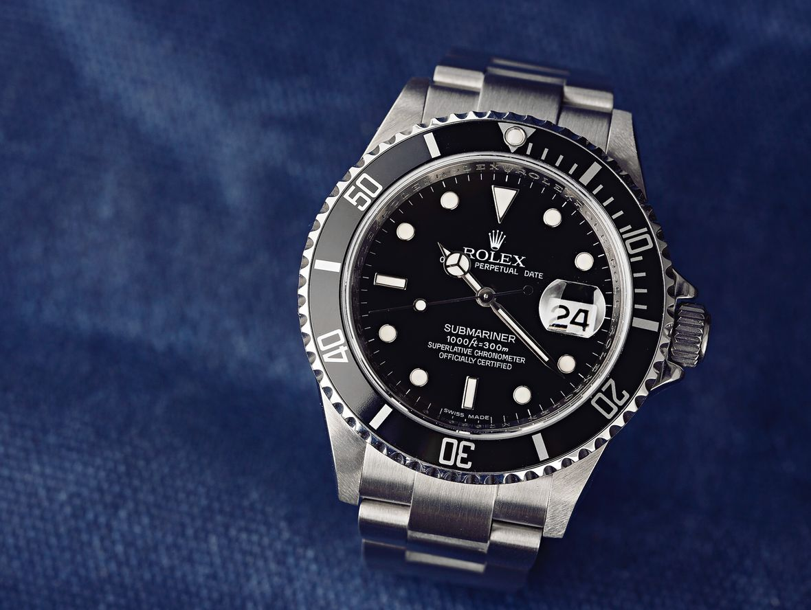 Rolex Submariner 16610 Review and Guide
