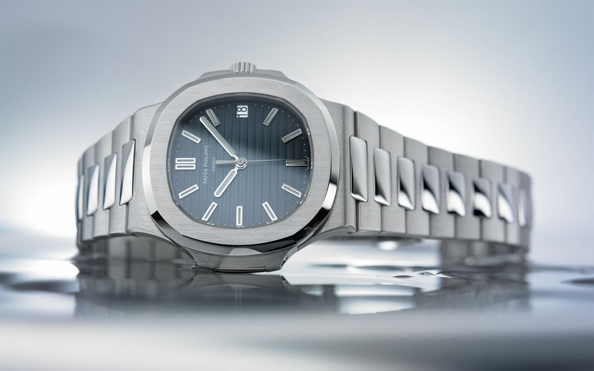 Patek Philippe Nautilus Watches Buying Guide 5711/1A