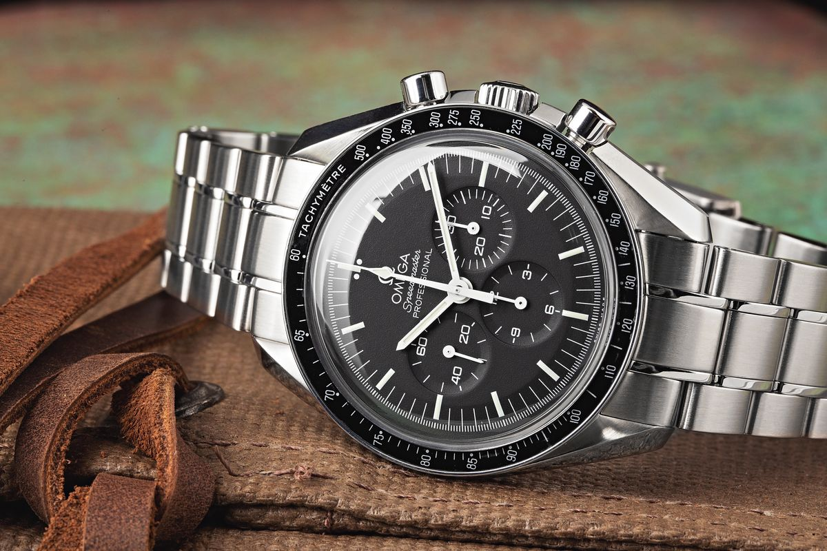 How to Use an Omega Speedmaster Moon watch Instructions