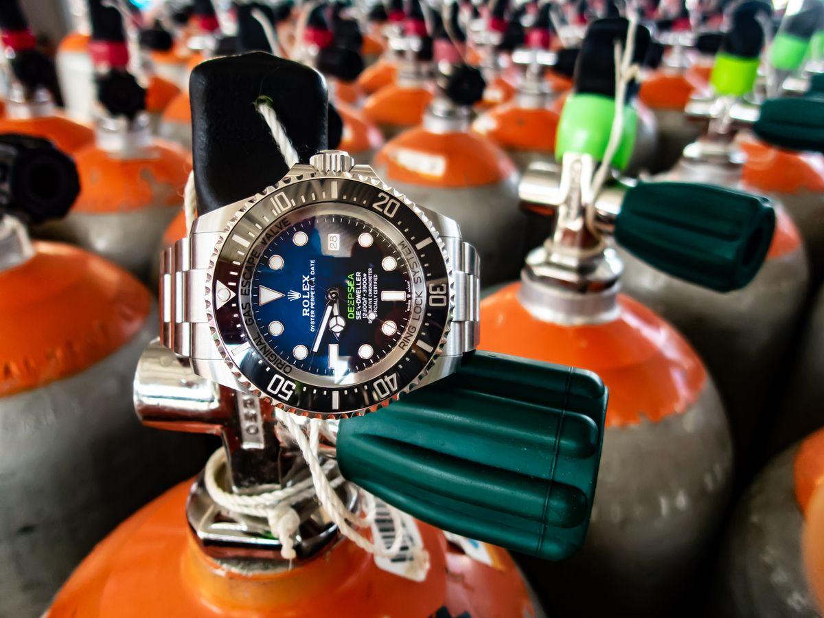 Rolex Sea-Dweller Deepsea D-Blue SCUBA Field Test James Cameron