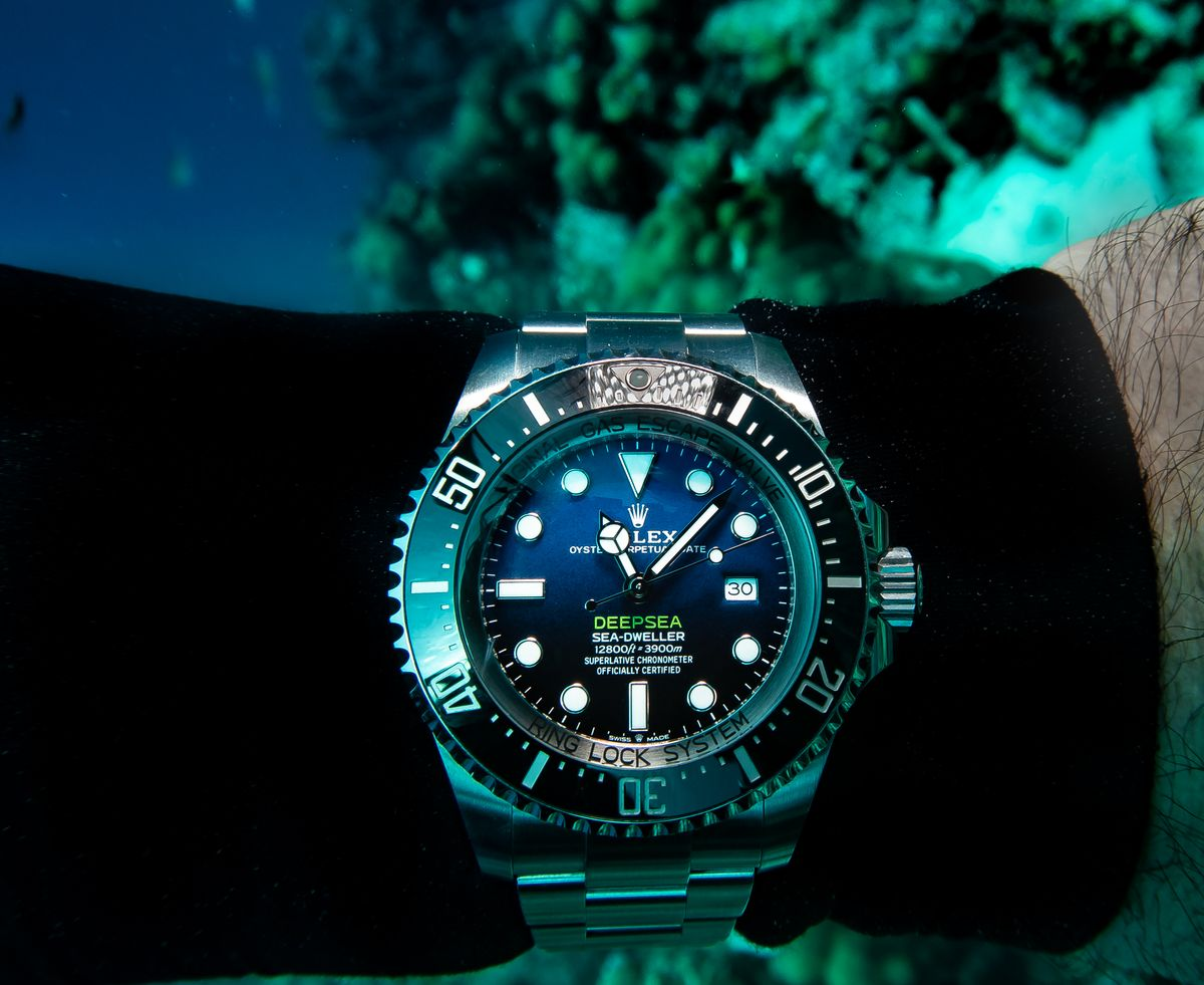 Rolex Sea-Dweller James Cameron Deepsea D-Blue Dial SCUBA Diving Field Test