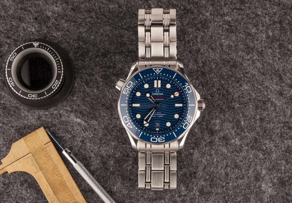 James Bond Omega Seamaster Diver 300M Blue Wave Dial Ceramic Bezel