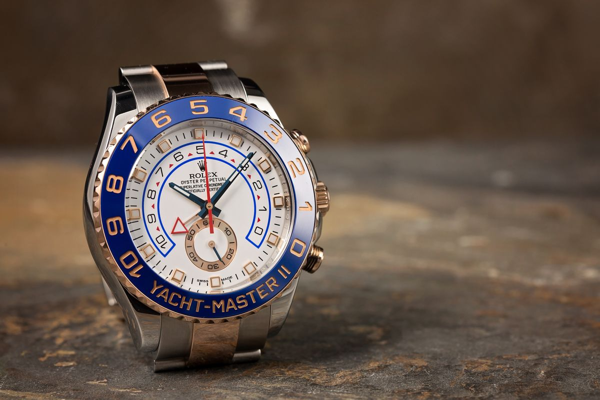 Rolex Yacht-Master II compare Sky-Dweller 116681 Everose Two-Tone