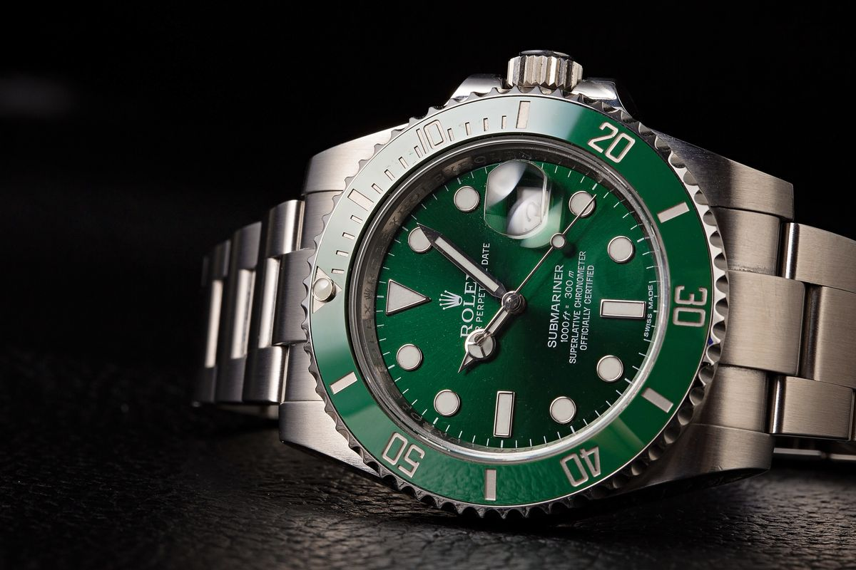 Prices List How Much Is a Green Rolex Submariner Hulk 116610LV