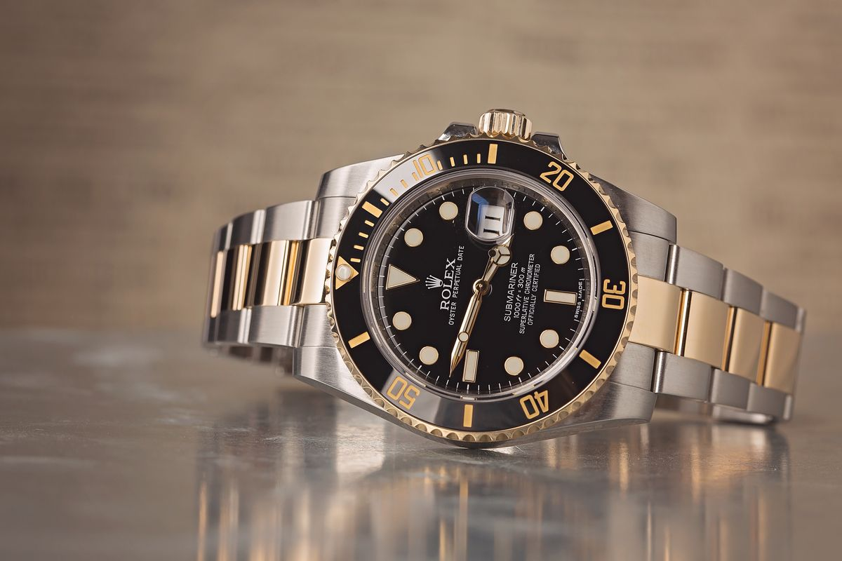 How much does a Rolex Submariner cost? 2020 Price Guide 116613 Black LN