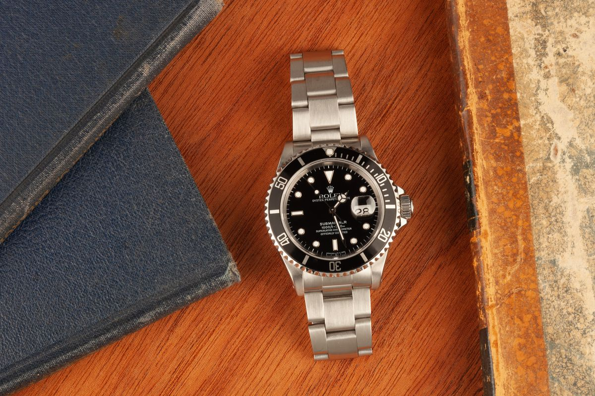 The Best Casual Watches for Men Guide Rolex Submariner 16610 Black