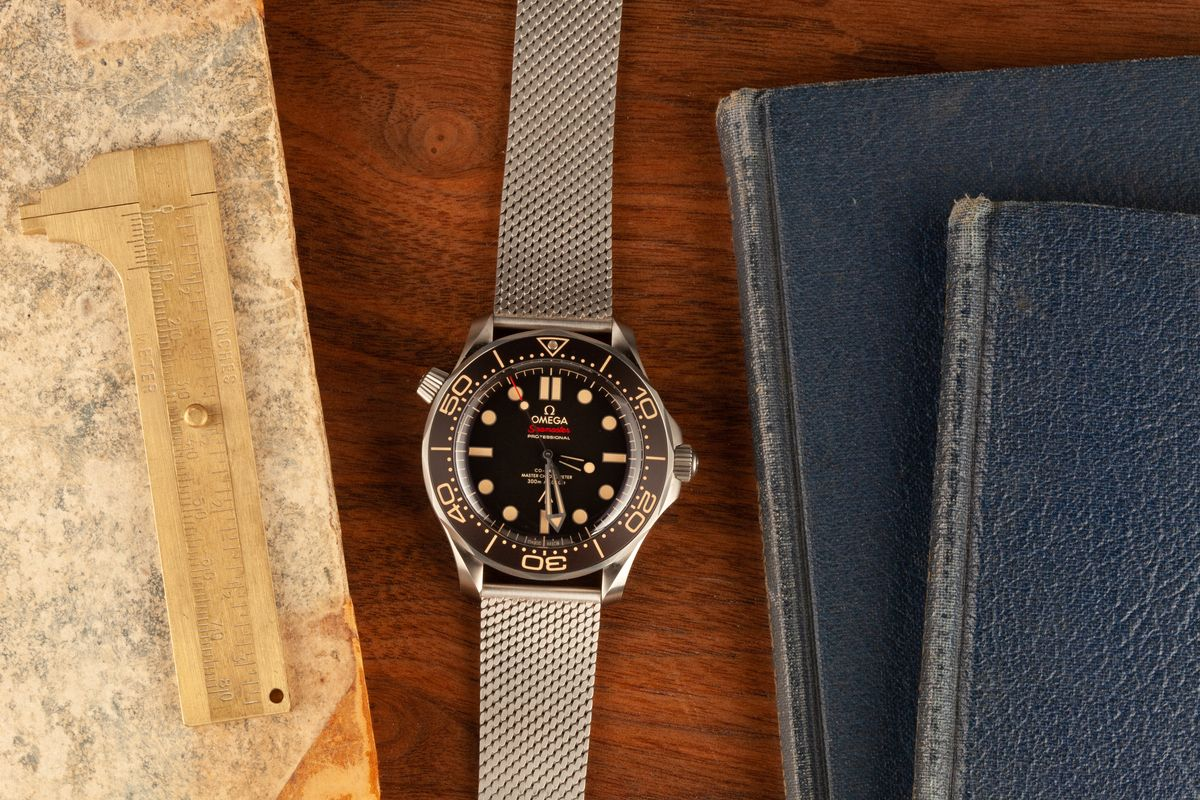 Best Watches Worn by Movie Stars Inside The Film Industry Omega Bond Seamaster Diver 300M