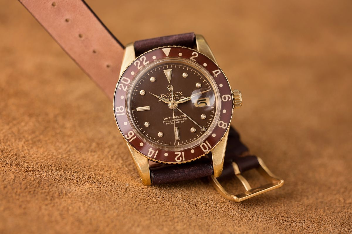 Watch Collecting Tips Value and Collectability Vintage Rolex GMT-Master 6542 Bakelite