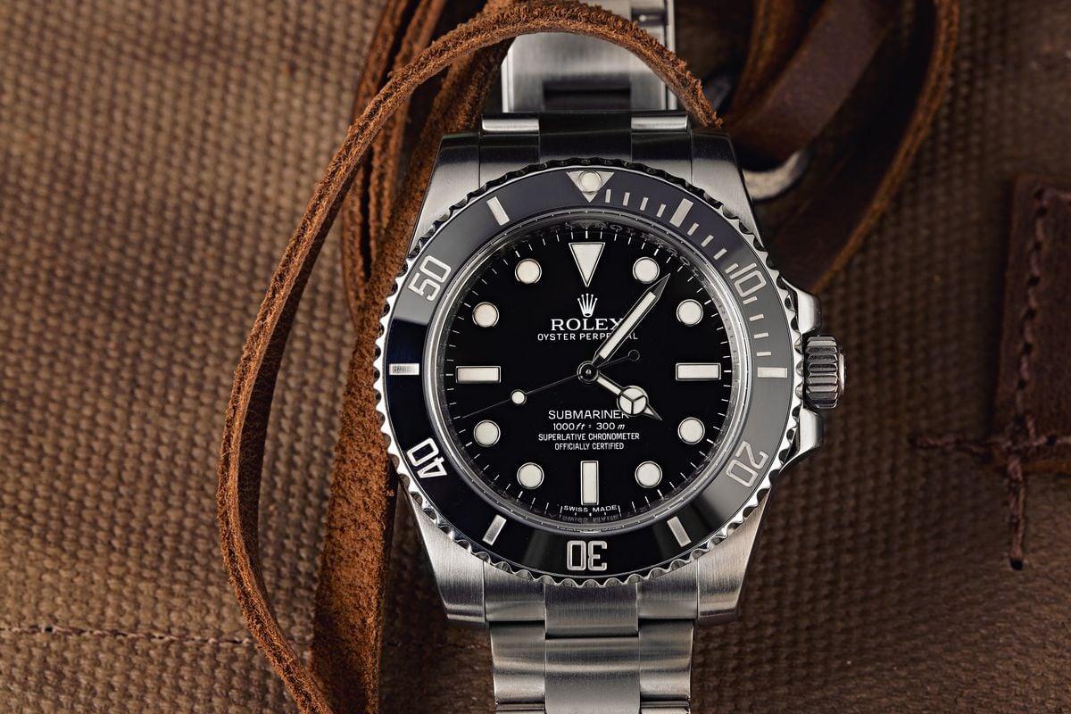 Rolex Shortage - no-date Submariner Black