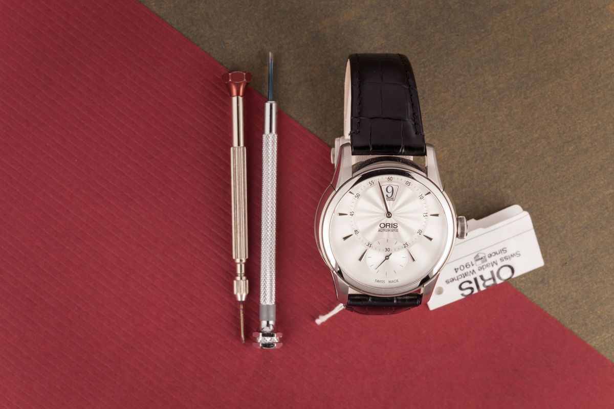 Oris Artelier Watch Collection Review Jumping Hour