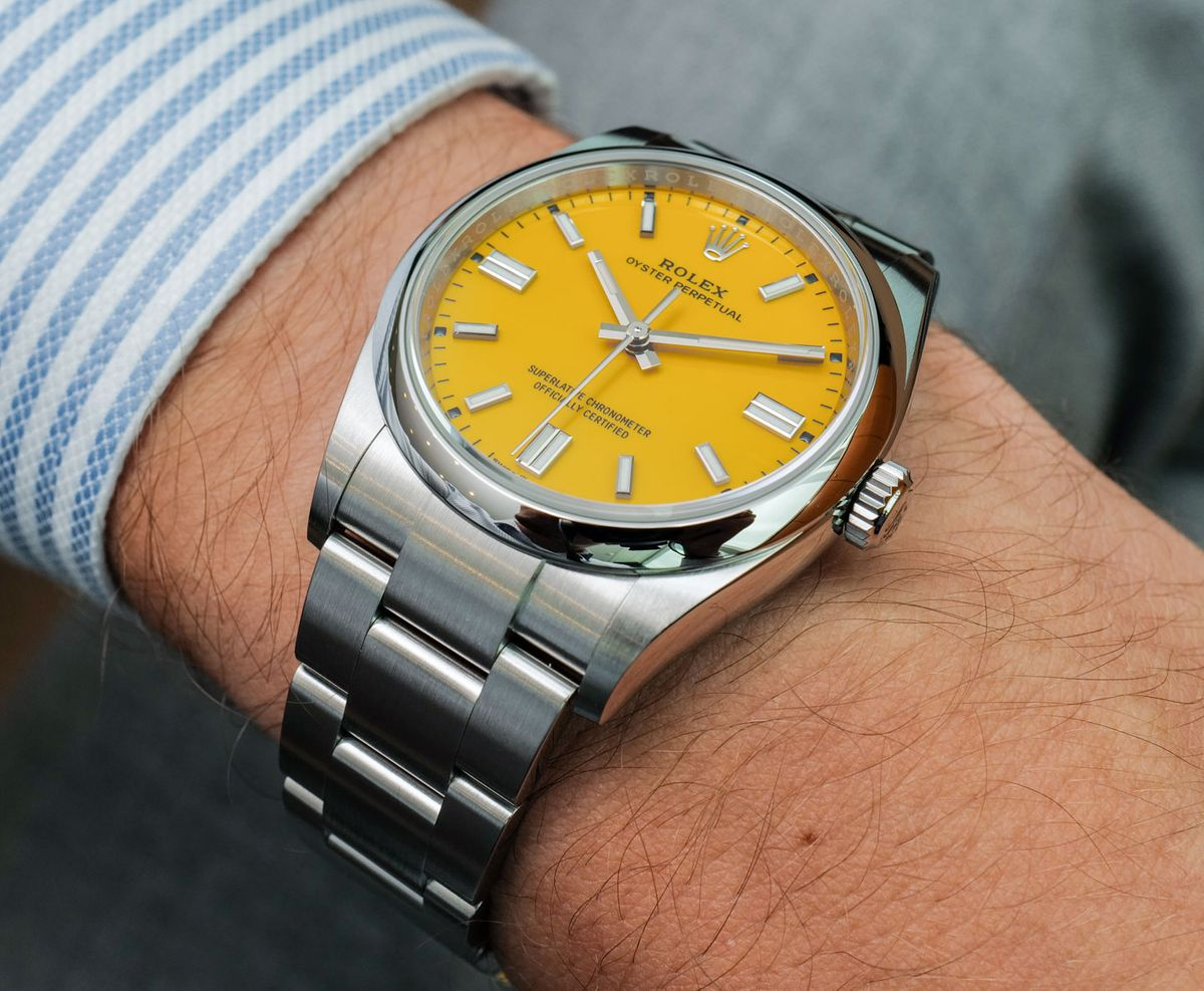 Rolex Oyster Perpetual 36mm 126000 Yellow Dial