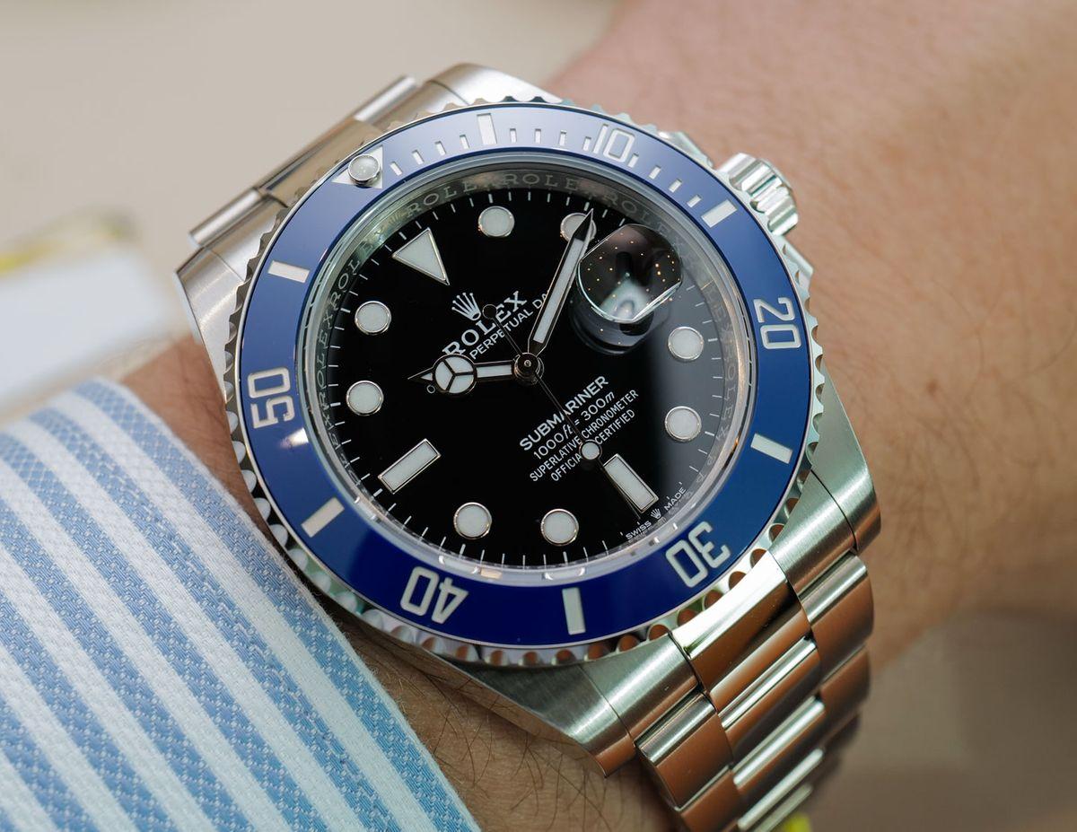 Blue Rolex Submariner 126619LB - White Gold