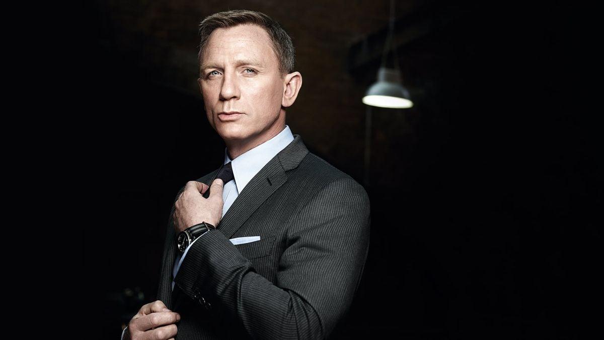 Luxury Watch Auction Iconic Watches Hollywood - Daniel Craig Omega Seamaster 300 SPECTRE James Bond