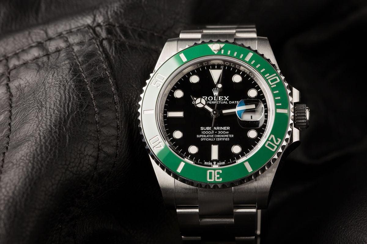 Rolex Submariner 126610 LV Green Bezel