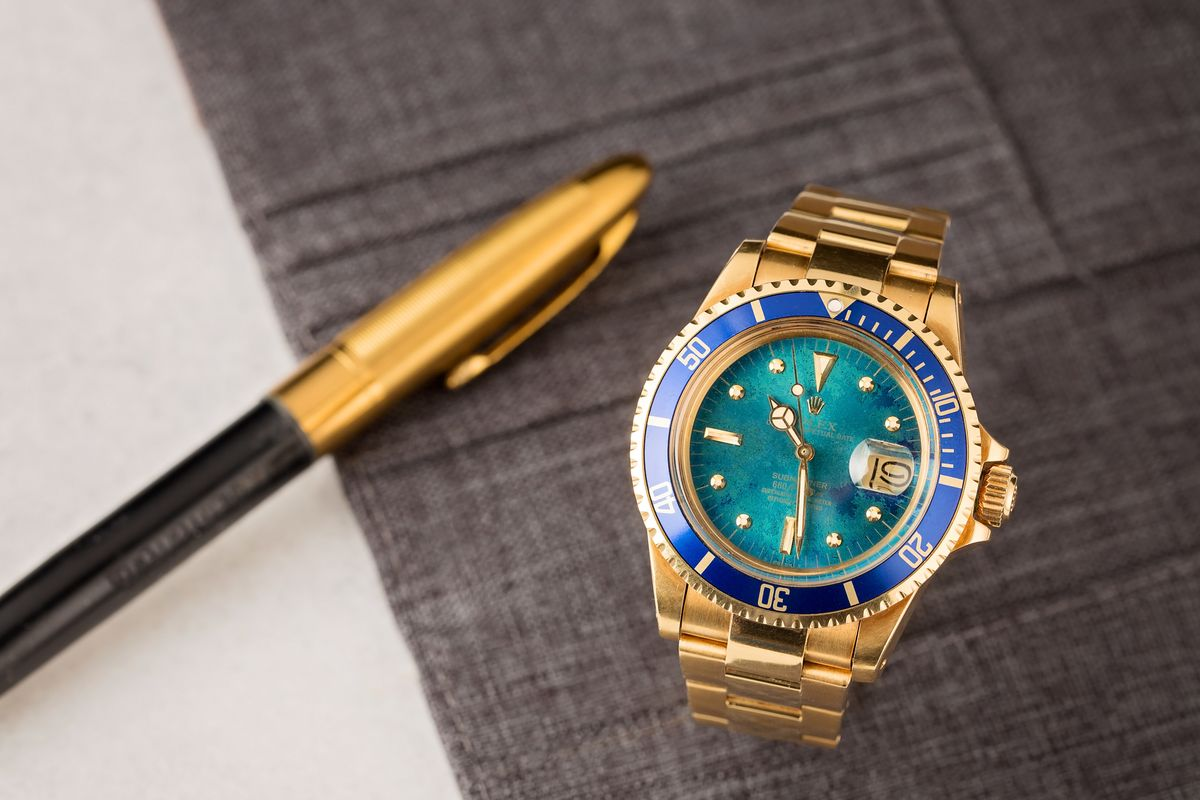 Robb Report Vintage Rolex Submariner 1680 Tropical Dial