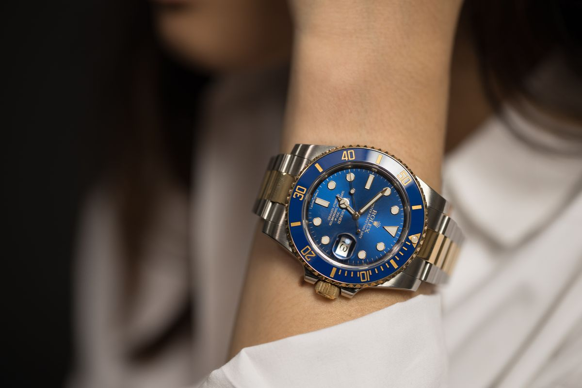 How to Buy Luxury Watch Gift Rolex Submariner Two-Tone