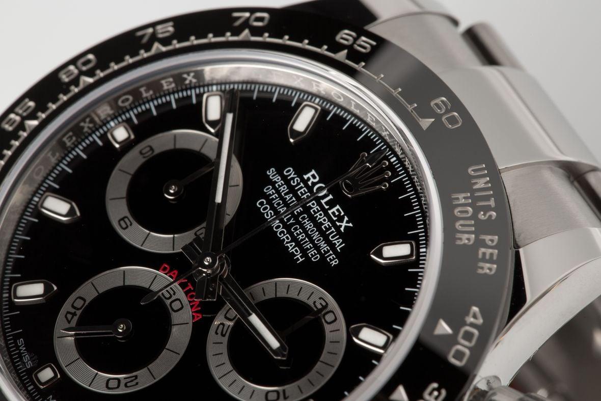 Rolex Daytona 116500 Review Guide Cerachrom Bezel 116500LN