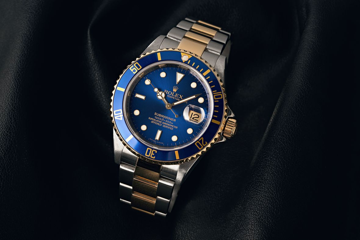 How to tell what Rolex Submariner series blue dial two-tone steel and gold bluesy 16613