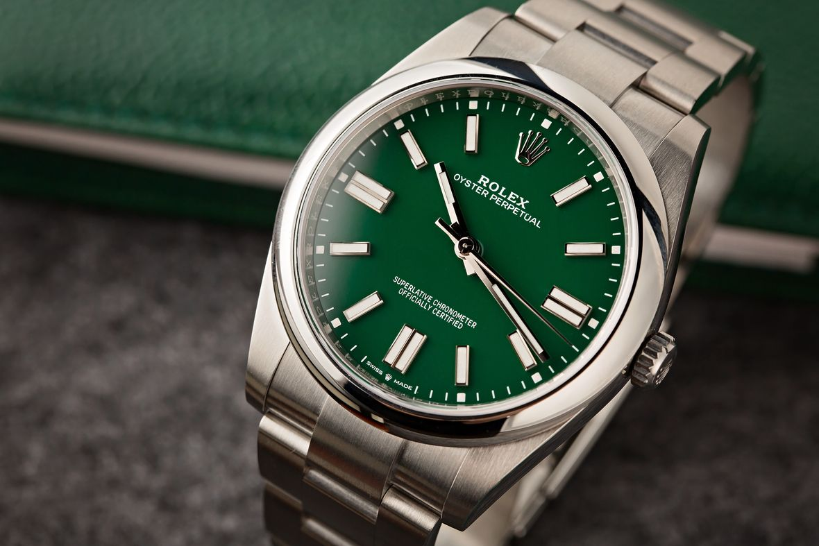 Green Rolex Oyster Perpetual 41 124300