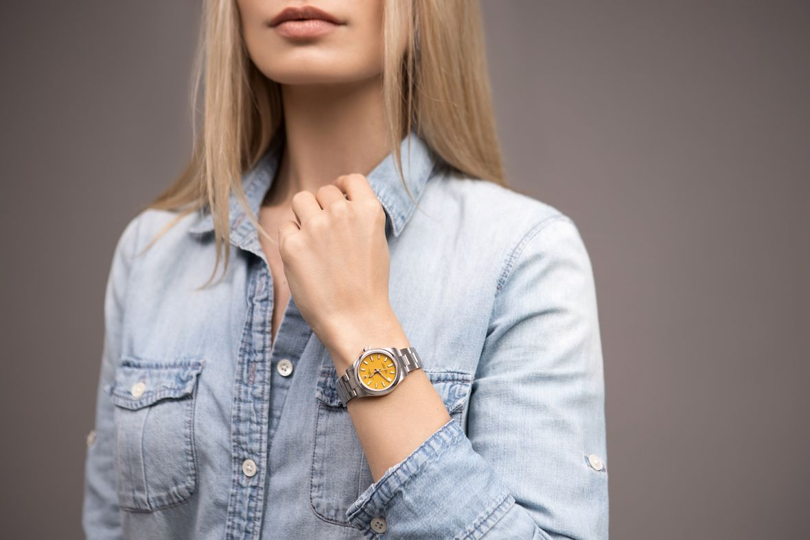 Ladies Rolex Oyster Perpetual 31 Yellow Dial