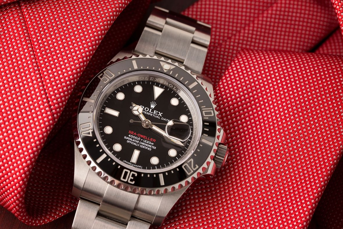 Rolex Sea-Dweller 43 126600 Stainless Steel 43mm Red Text