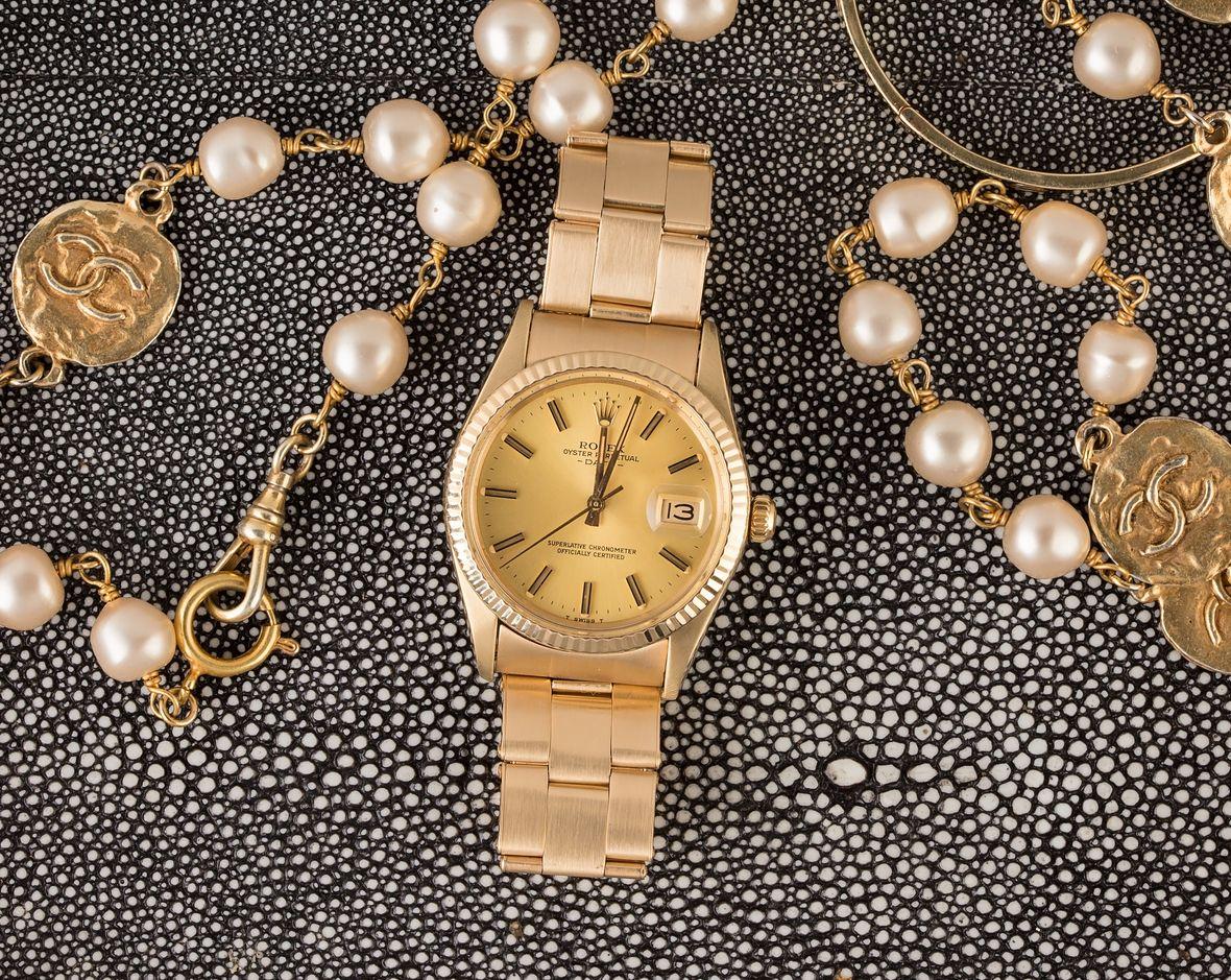 Vintage Rolex Date Yellow Gold Fluted Bezel