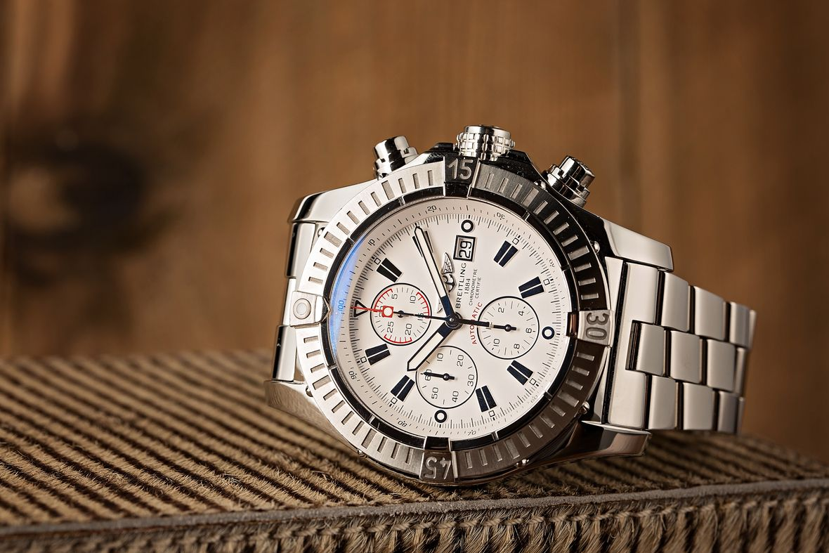 Big Face Watches Breitling Super Avenger A1337011