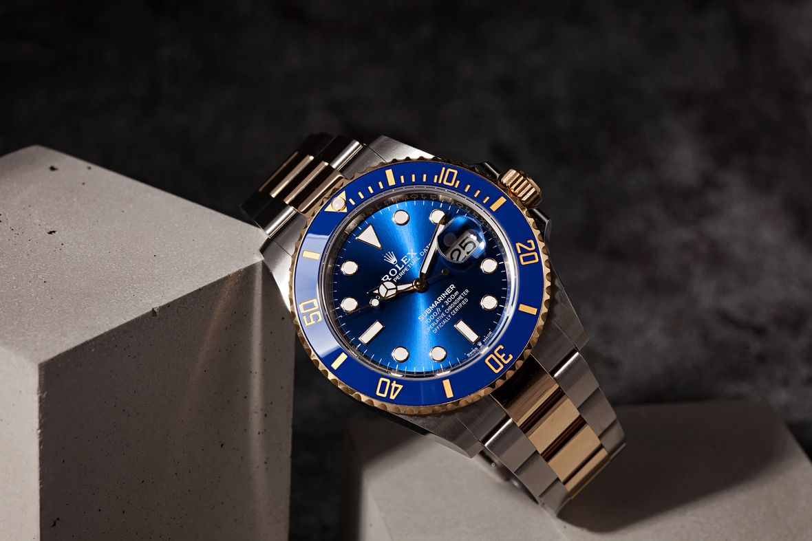 How to Buy a Rolex Submariner Two-tone