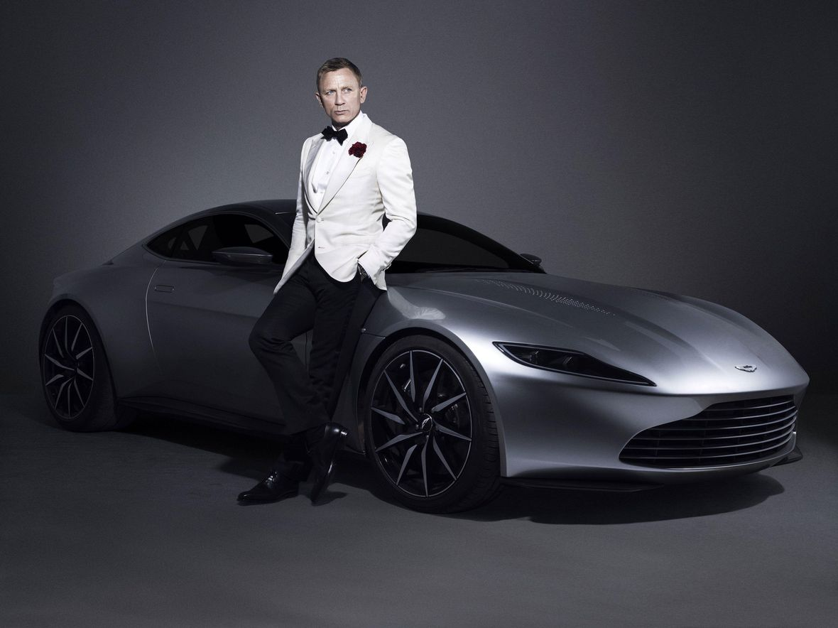 Best James Bond Car Aston Martin DBS V12